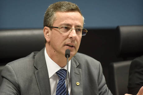 O secretário Luiz Roberto Beggiora