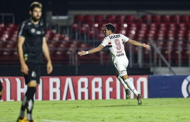 O segundo gol saiu na partida seguinte, fazendo com que a diretoria achasse que o dinheiro gasto na transferência fosse bem gasto, pois depois de algum tempo, finalmente teriam achado o camisa '9' ideal.