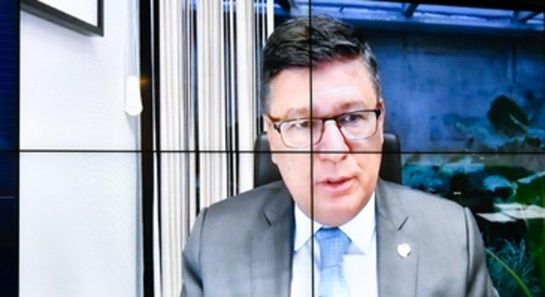 O senador Carlos Viana (PSD-MG) foi o relator da PEC: 'Não há motivos para a perda de nacionalidade brasileira'