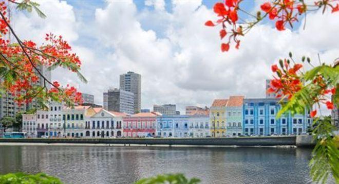 O Sertão de Pernambuco recebe temperatura máxima de 37°C, sendo a maior do Estado