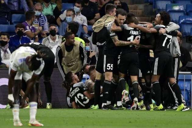O Sheriff fez história na Champions League ao vencer o Real Madrid por 2 a 1 na fase de grupos da edição 2021/2022. Por isso, o LANCE! trouxe 10 das maiores zebras na história da Liga dos Campeões.