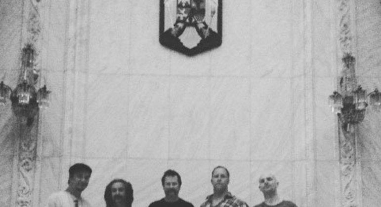 O show do Faith No More encantou o país em 1991 e teve grande sucesso na época. O público adquiriu carinho pela banda, que nutre o mesmo sentimento pelo Brasil.
