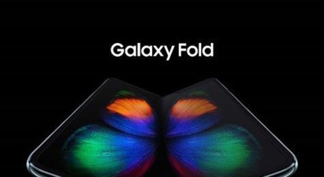 O smartphone da marca é o primeiro da onda de dobráveis a ser comercializado no país