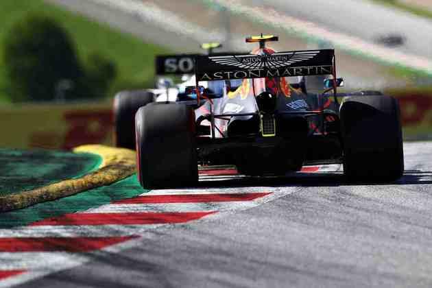 O tailandês da Red Bull sequer conseguiu terminar a corrida austríaca