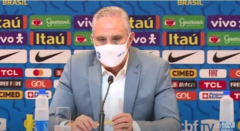O técnico Tite fará nesta sexta-feira (17) uma nova convocação da Seleção Brasileira. Em outubro, haverá uma nova rodada tríplice das Eliminatórias: a Venezuela, no dia 7, a Colômbia, no dia 10 e, no dia 14, o Uruguai. E não faltam mistérios e opções em torno da lista do comandante.