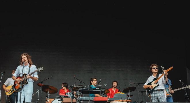 O Terno e Capitão Fausto fazem show com cara de domingo nublado no Rock In Rio