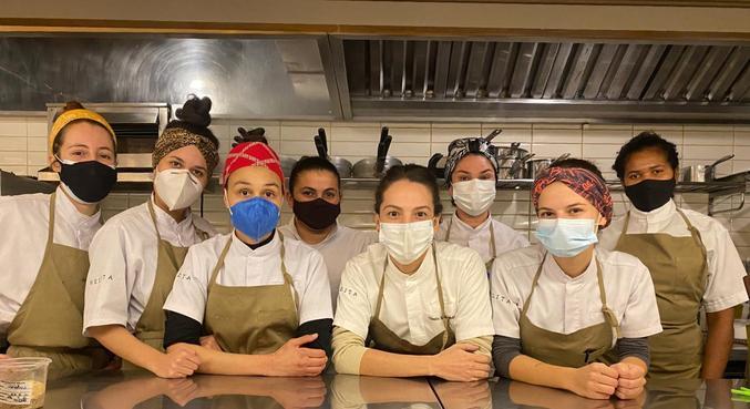 O time feminino do Nelita
