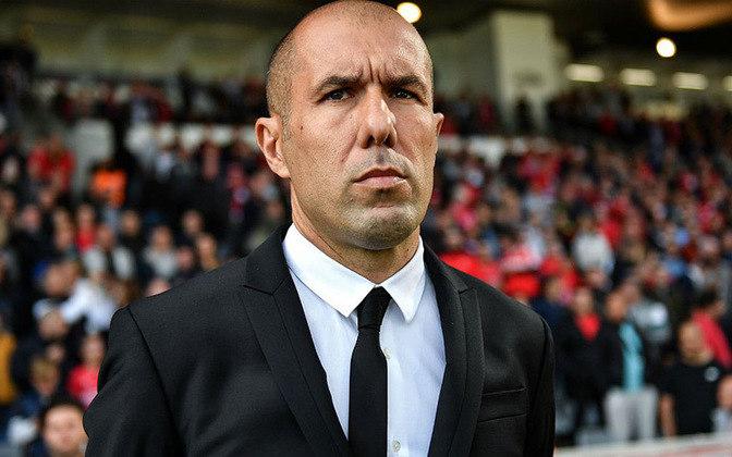 O treinador português foi campeão pelo Monaco e tem uma bagagem consistente. Mas Leonardo Jardim está sem clube.