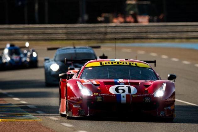 O tricampeão da Stock Car faz trio com o inglês James Calado e o italiano Alessandro Pier Guidi