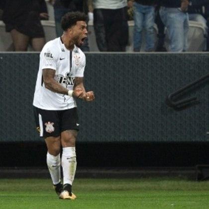 O turco Kazim, ex-Corinthians, tem contrato com o Derby County, da Inglaterra, até junho de 2021. Ele está com 34 anos atualmente.