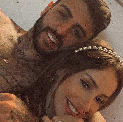 O último relacionamento de Babi Muniz com um jogador foi com Liziero, meio-campista do São Paulo. No entanto, o relacionamento também terminou.