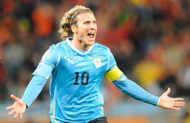 O Uruguai de Diego Forlán chegou até as semifinais em 2010. Acabou derrotado para a Holanda naquela oportunidade.