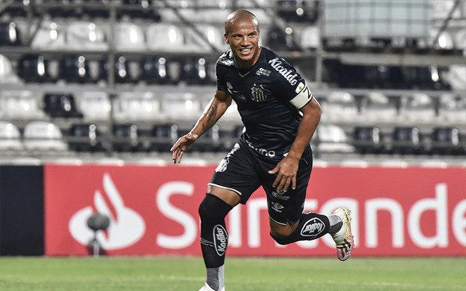 Carlos Sánchez - Clube: Santos - Pênaltis cobrados: 10 - Pênaltis convertidos: sete - Aproveitamento: 70%.