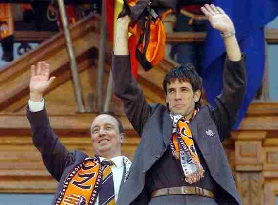 O Valencia possui seis títulos do Espanhol em sua galeria de conquistas. Depois de três canecos na década de ouro, em 1940, adicionou mais três nos anos de 70/71, 2001/2002 e 2003/2004.