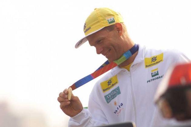 O velejador Robert Scheidt anunciou a aposentadoria da vela olímpica em 2017, depois do quarto lugar na Olimpíada do Rio na classe Laser e de uma tentativa de competir na classe 49er. Mas ele mudou de ideia em 2019, e retornou à Laser para disputar sua sétima Olimpíada, em Tóquio, aos 46 anos..