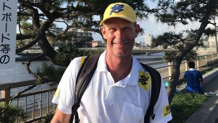 O velejador Robert Scheidt, um dos brasileiros com mais participações olímpicas, conquistou seu primeiro ouro em Atlanta, nos Estados Unidos, em 1996. A consagração veio na Classe Laser.