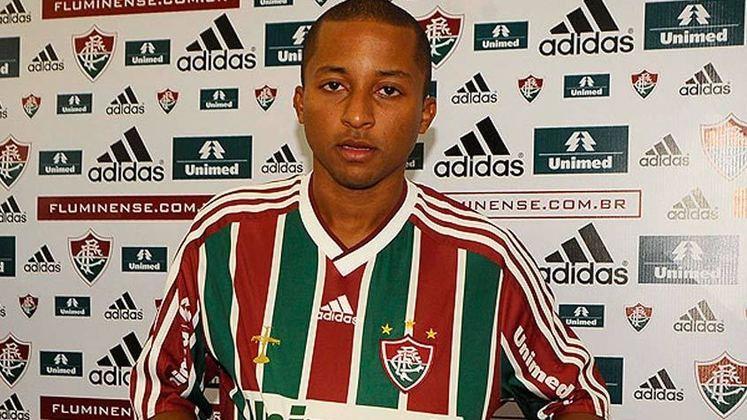 O veloz WILLIANS SANTANA, após deixar o Fluminense em 2011, passou por Sport, América-MG, CRB, Atlético-GO e pelo futebol asiático. Atualmente, faz parte do elenco do Cuiabá na disputa da Série B.
