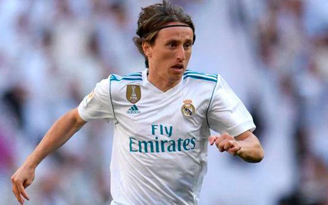 O volante croata Luka Modric ganhou tudo o que se possa imaginar pelo Real Madrid. Foram quatro Champions League e quatro Mundiais de Clubes