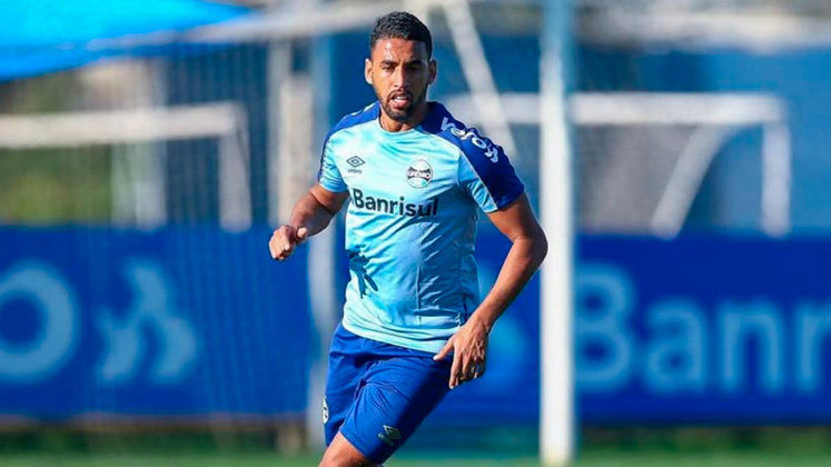 O volante Michel está emprestado ao Fortaleza até dezembro deste ano, mesmo período que encerra seu contrato com o Tricolor gaúcho.