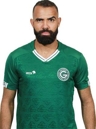 O volante Sandro defendeu a Seleção Brasileira nas Olimpíadas de 2012, mas está sem clube desde que deixou o Goiás, no início de 2021.