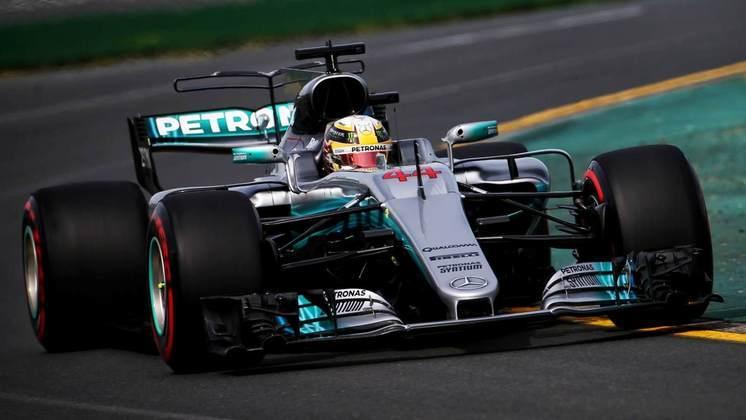 O W08 foi o último carro de Hamilton sem o Halo. Foram nove vitórias ao longo de 2017 e o quarto título mundial