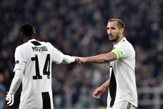 O zagueiro Chiellini é um dos líderes do elenco da Juventus e sua capacidade de dominar o vestiário seria essencial para o sucesso de qualquer clube.