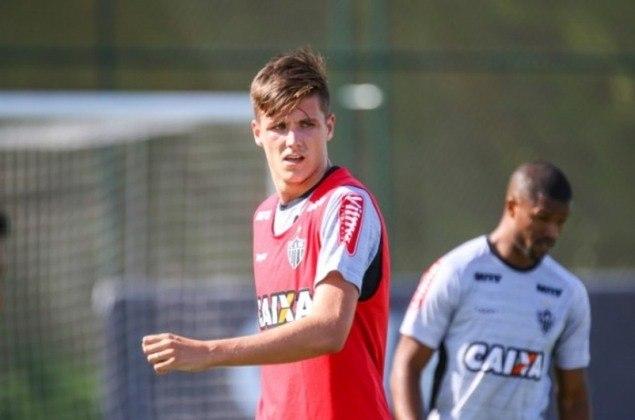 O zagueiro Iago Maidana tem contrato de empréstimo com o Sport terminando em dezembro deste ano. Já seu vínculo com o Galo termina em dezembro de 2022.