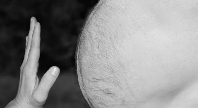 O tecido adiposo funciona como um reservatório para o vírus no  organismo