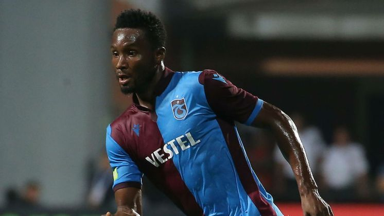Obi Mikel (1,2 milhões de euros): Nigéria, meio-campista, 33 anos, último clube: Trabzonspor, mas deve assinar com o Stoke City