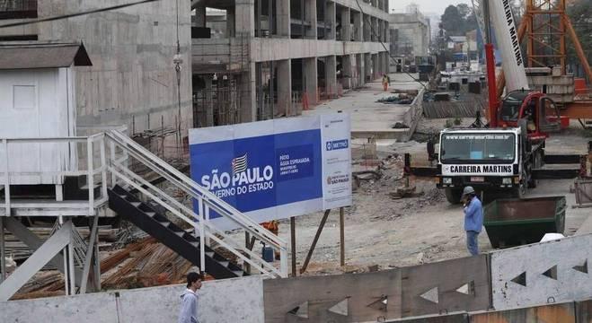 Obras no monotrilho, na zona sul de São Paulo