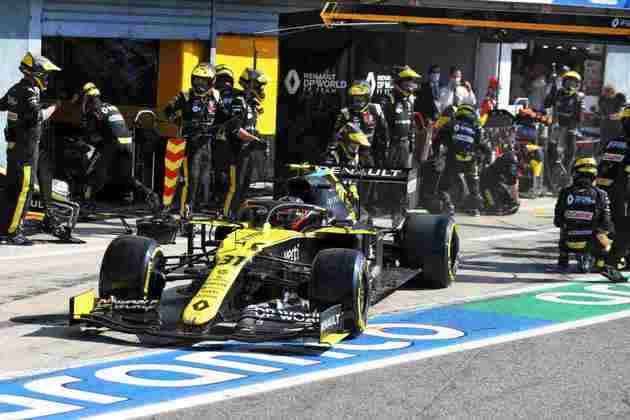 Ocon foi superado por Hamilton nas voltas finais da prova em Monza e terminou em oitavo
