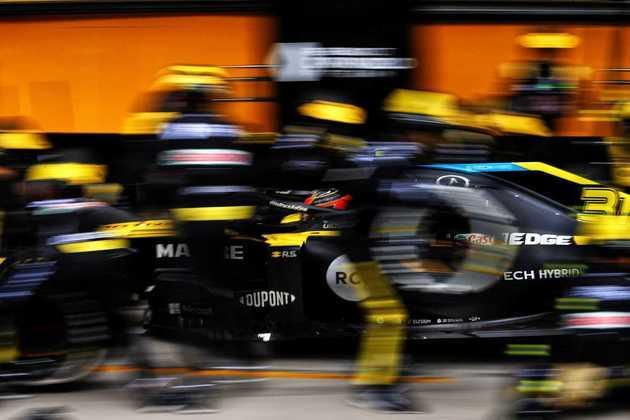 Ocon sofreu com o desempenho do carro ao longo da corrida