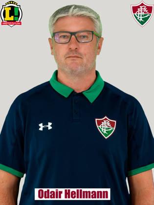 ODAIR HELLMANN - 4,5 - O Fluminense não conseguiu refletir em gols seu volume de jogo e se mostrou afobado após o pênalti que culminou no primeiro gol do Palmeiras.