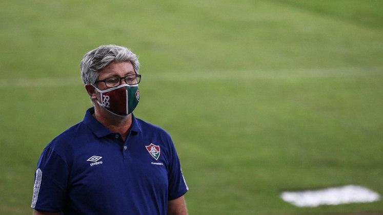 Odair Hellmann era o treinador do Fluminense naquela ocasião. Ele acabou pedindo para sair em dezembro por conta de uma oferta dos Emirados Árabes e deixou o clube com 56% de aproveitamento.