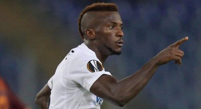 Kayode marcou um golaço, mas árbitro anulou
