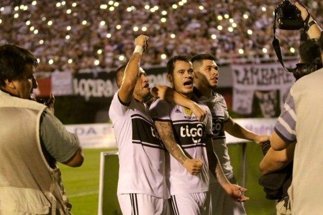 Olimpia: campeão do Torneio Clausura - Entra diretamente na fase de grupos.