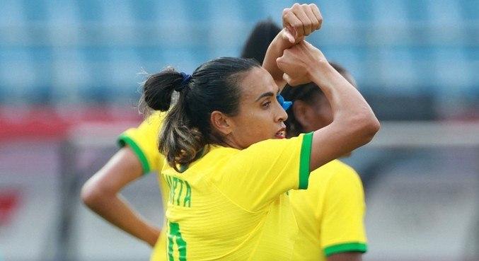 Marta fez dois e chega a 12 gols em Olimpíadas