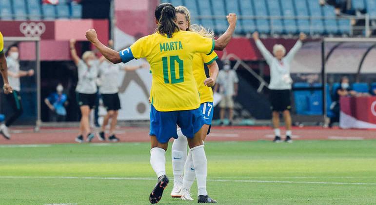 Marta foi destaque na vitória do Brasil sobre a China