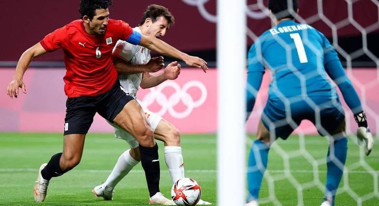 Espanha teve dificuldade para furar a defesa do Egito