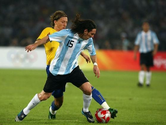 Olimpíadas de Pequim - 2008: Os Jogos Olímpicos de Pequim serviram como reformulação para o elenco da Seleção Argentina. Sob a liderança de Messi, a Albiceleste, bateu a Nigéria e levou a medalha de ouro. Esta foi a segunda conquista de um torneio não-oficial de Messi com a Argentina.