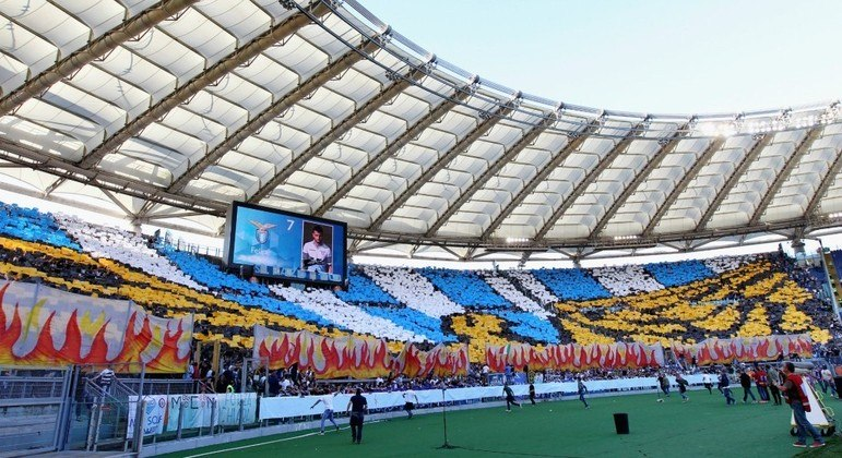 O Olímpico de Roma, virtualmente pronto para um jogo da Lazio