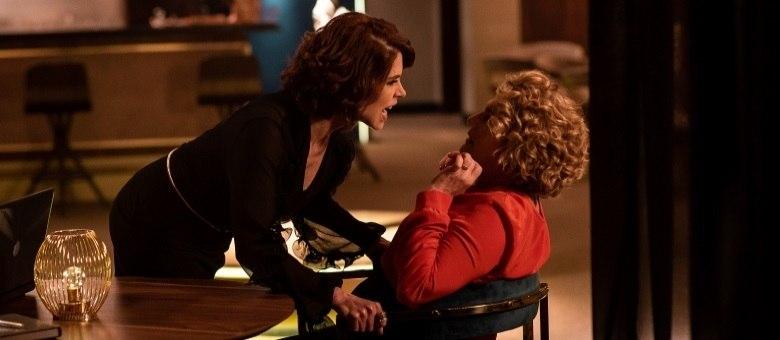 Olympia e Carmem revelam seus segredos e discutem por causa do passado