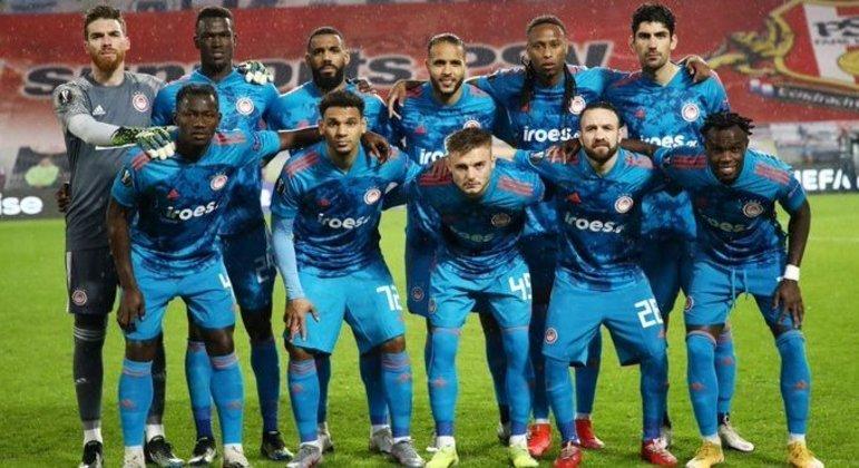 Olympiacos, o elenco da classificação, longe de casa