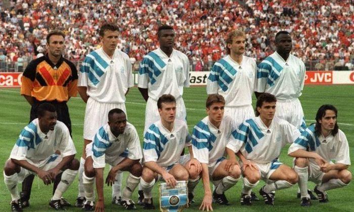 Olympique de Marseille - 1 título (1992–93).