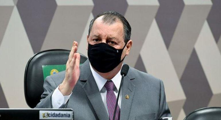 CPI da Covid tem bate-boca entre senadores governistas e oposicionistas sobre procedimento