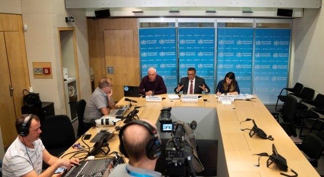 Diretor-geral da OMS fez entrevista coletiva online