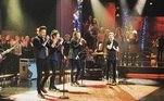 Além dos conteúdos comemorativos pelos 10 anos de carreira da banda, os fãs aguardam um grande anúncio nesta quinta-feira (23). Nas redes sociais, o seguidores querem uma nova turnê do One Direction. Será que vai rolar? Vamos esperar...
