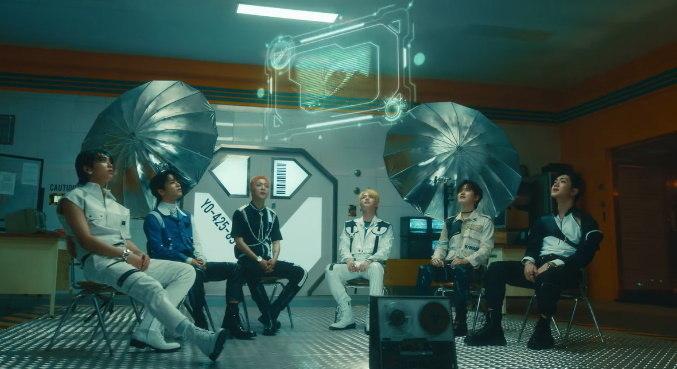 Grupo ONF lançou clipe para a música 'Popping'