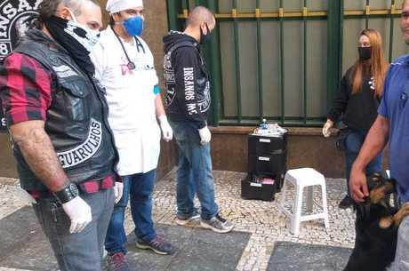 Ações contam com ajuda logística de motoclube paulistano