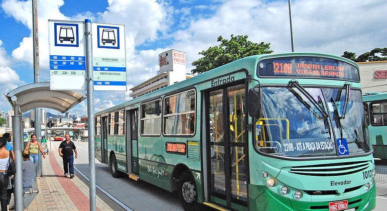 MP pediu cancelamento dos contratos com empresas de ônibus